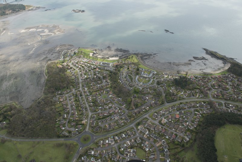 Oblique aerial view of Dalgety Bay, looking to the SSE.