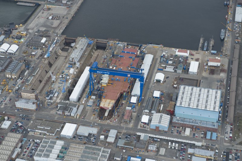 General oblique aerial view of Rosyth Dockyard centred on the Goliath Crane, looking to the SSW.