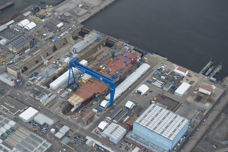 General oblique aerial view of Rosyth Dockyard centred on the Goliath Crane, looking to the SSE.