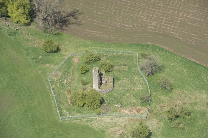 Oblique aerial view of Taringzean Castle, looking to the NW.
