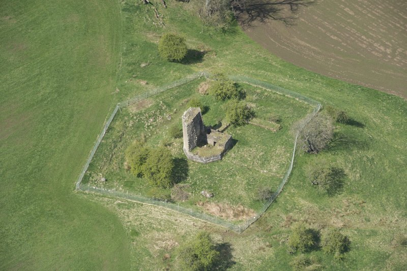 Oblique aerial view of Taringzean Castle, looking to the W.