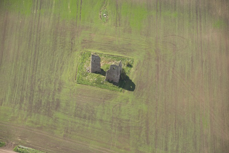 Oblique aerial view of Fedderate Castle, looking to the WNW.
