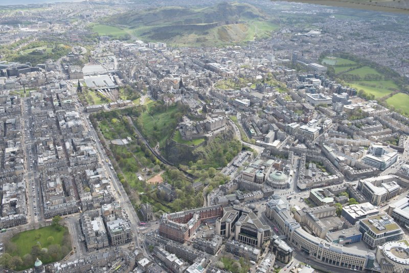 General oblique aerial view of Old Town area of Edinburgh centred on the Princes Street Gardens, looking to the E.