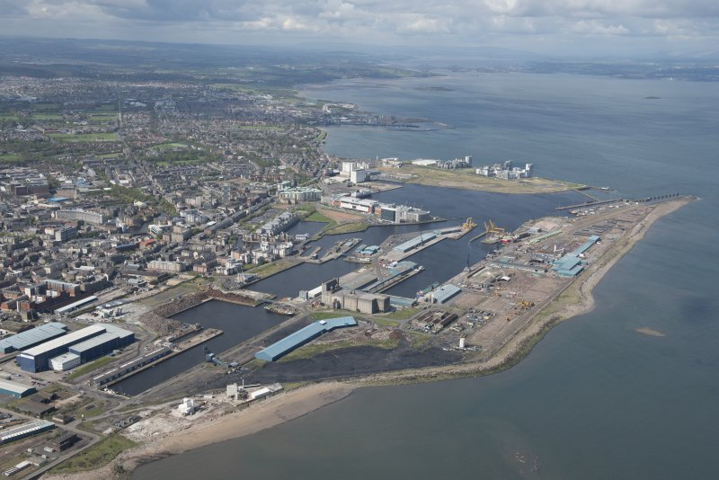 General oblique aerial view of Leith Docks centred on the Western Harbour, looking to the SSW.