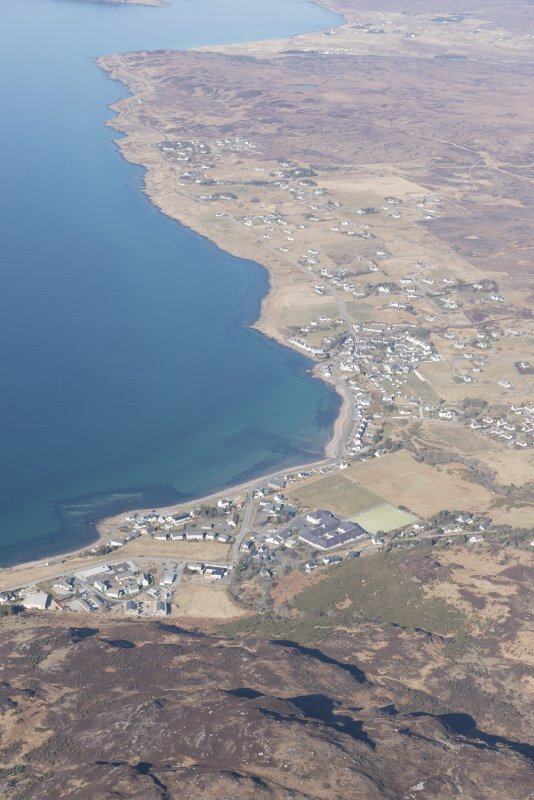 General oblique aerial view of Gairloch, looking NNW.