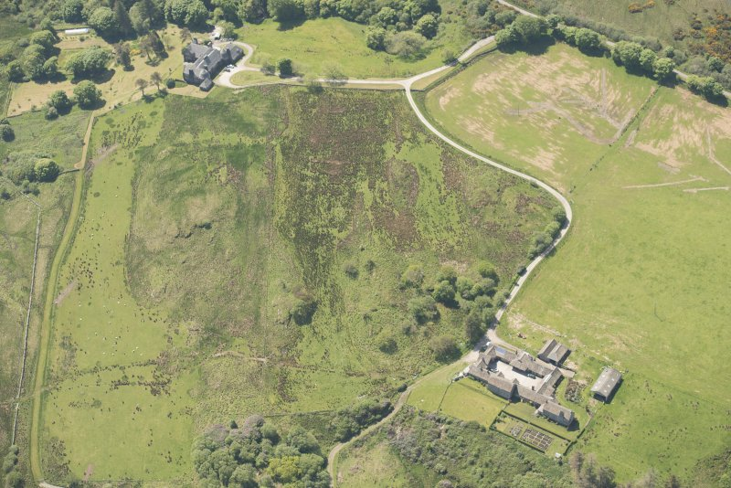 Oblique aerial view of Cour House with adjacent steading, looking to the SW.