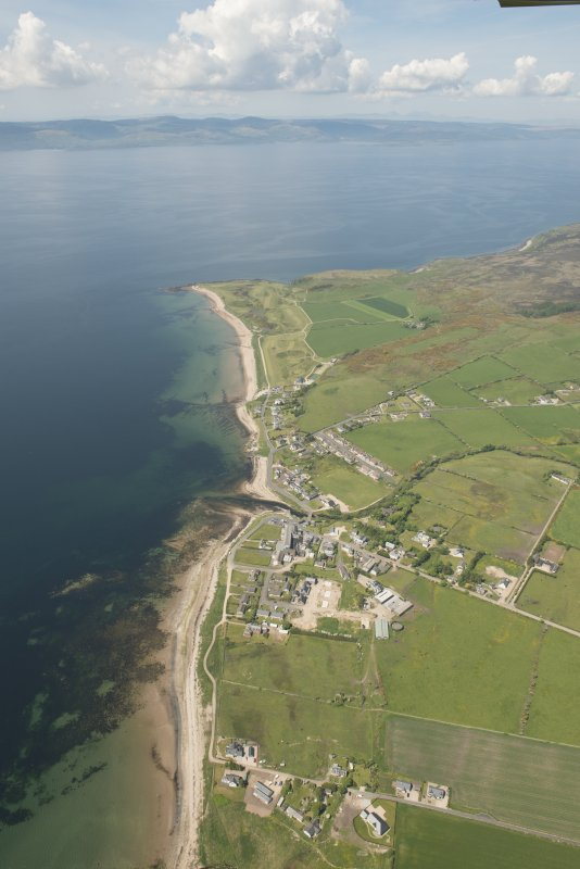 General oblique aerial view of Drumadoon Bay with Blackwaterfoot in the foreground, looking to the NW.