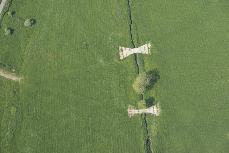 Oblique aerial view of the tank crossing points (NX 7152 4657), looking NNE.