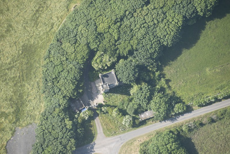 Oblique aerial view of Thurso Castle lodge and gateway, looking to the NW.