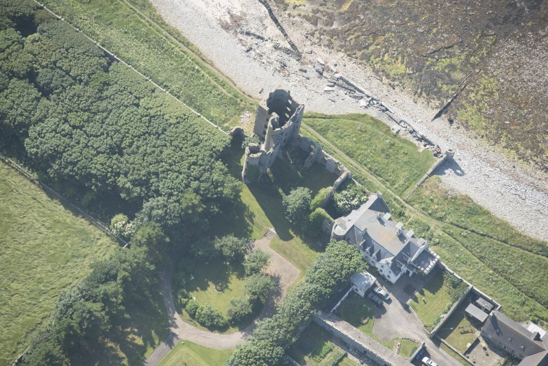 Oblique aerial view of Thurso Castle, looking to the W.