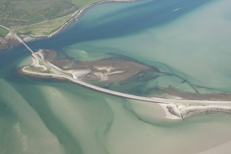 Oblique aerial view of Kyle of Tongue Bridge and the causeway, looking to the NNW.