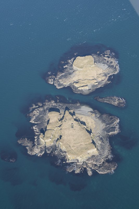 General oblique aerial view of Treshnish Isles, looking NE.