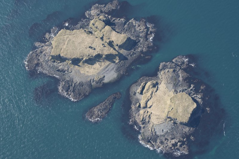 General oblique aerial view of Treshnish Isles, looking NW.
