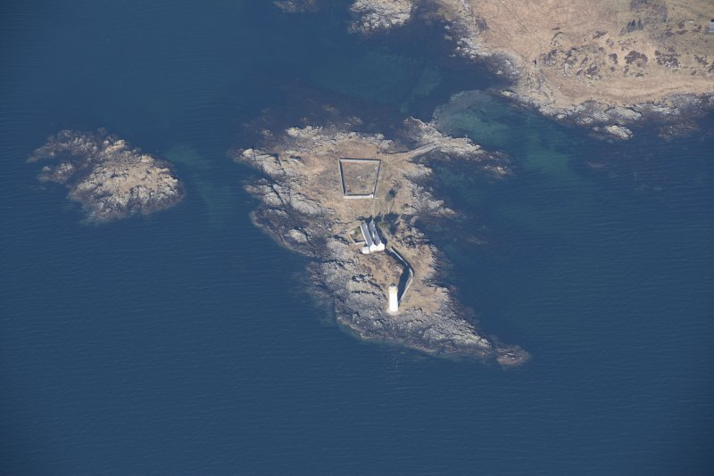 Oblique aerial view of Oronsay Lighthouse, looking WNW.