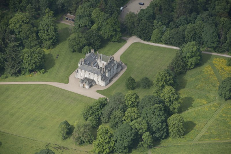 Oblique aerial view of Leith Hall, looking to the SW.