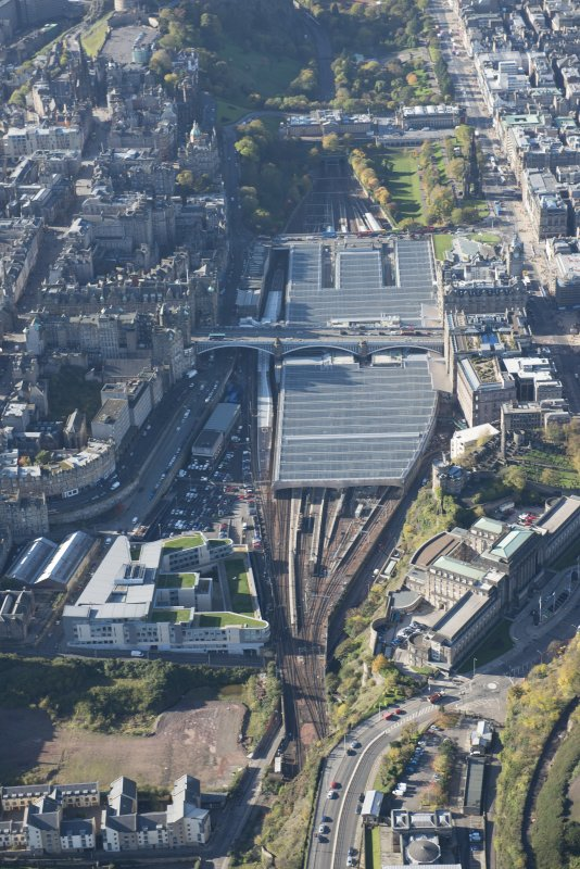 Oblique aerial view of Waverley Station, looking to the W.