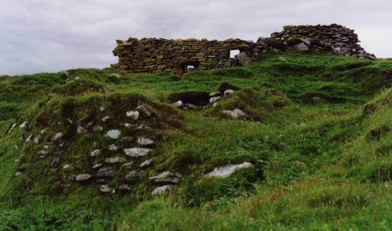 South wall of St Ronan's church, without old SMRU hut, removed 1999-2000.