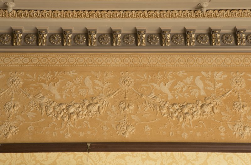 Ground floor, ding room, detail of cornice