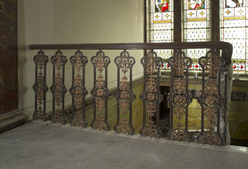 1st floor, landing, view of balustrade