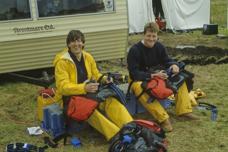 Neil Dobson (left) and Mark Lawrence check diving gear at the start of the 1994 season. (Colin Martin)