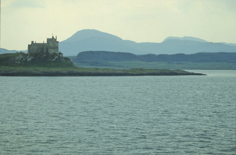 Duart Castle from the sea, looking west. Duart Point, off which the wreck lies, is on the right. (Colin Martin)
