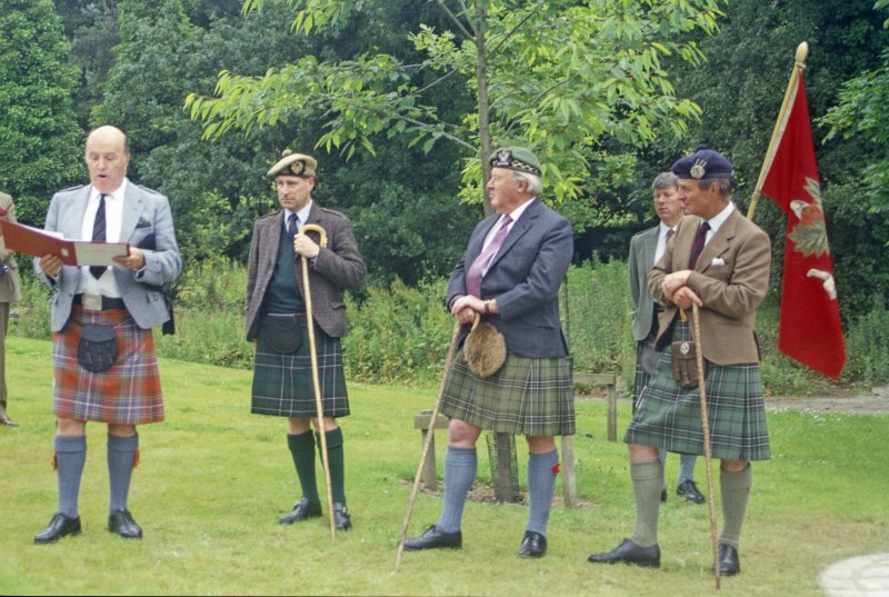 Sir Lachlan Maclean of Duart and Morvern (right), flanked by clan dignitaries, opening a memorial to his clansmen who fell with the 11th Chief, Sir Hector at the battle of Inverkeithing on 20 July 1651, when a Royalist Highland army was defeated by Cromwell's forces in Scotland. The occasion was the 350th anniversary of the battle. (Colin Martin)