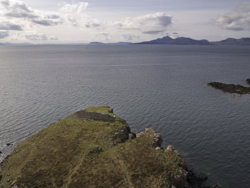 Headland fort, aerial view from drone looking S. (Edward Martin)