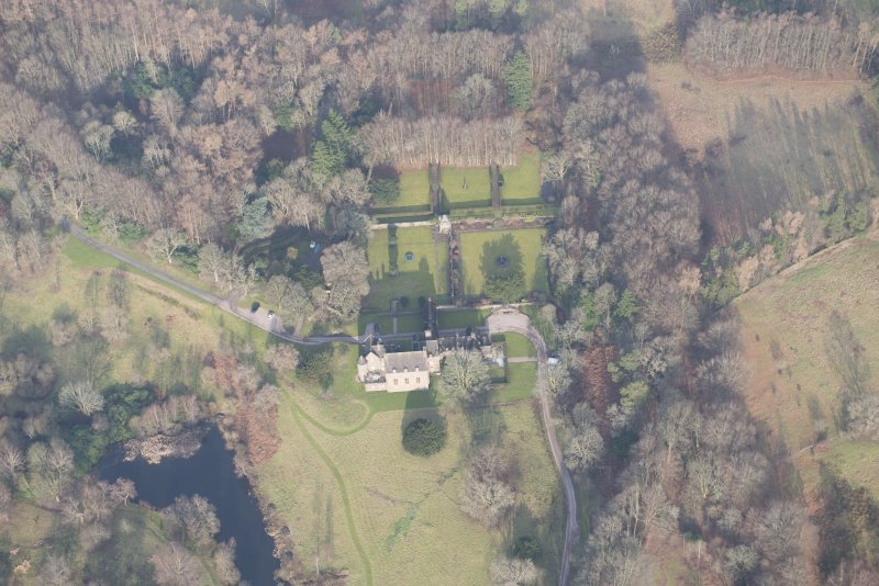 Oblique aerial view of Formakin House and gardens, looking to the N.