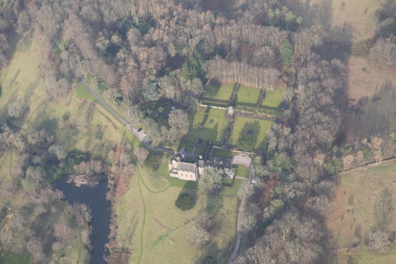 Oblique aerial view of Formakin House and gardens, looking to the NNW.