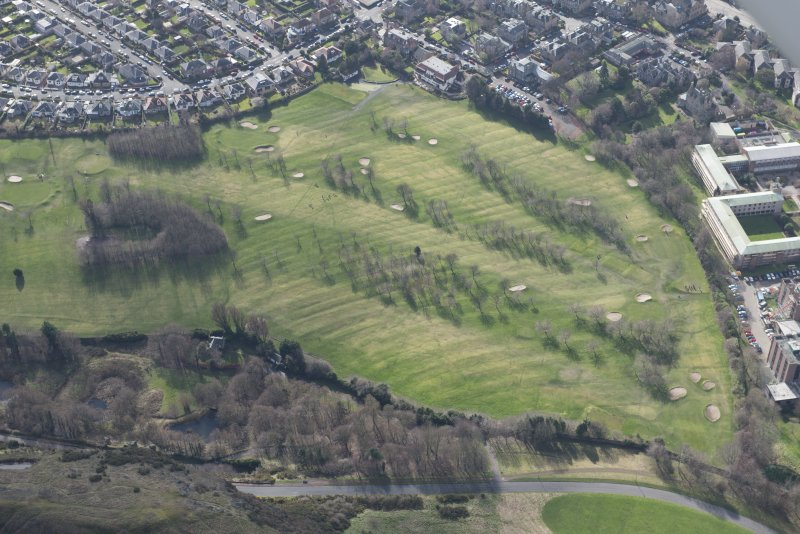 Oblique aerial view of the Prestonfield Golf Course and World War One trench system, looking SW.