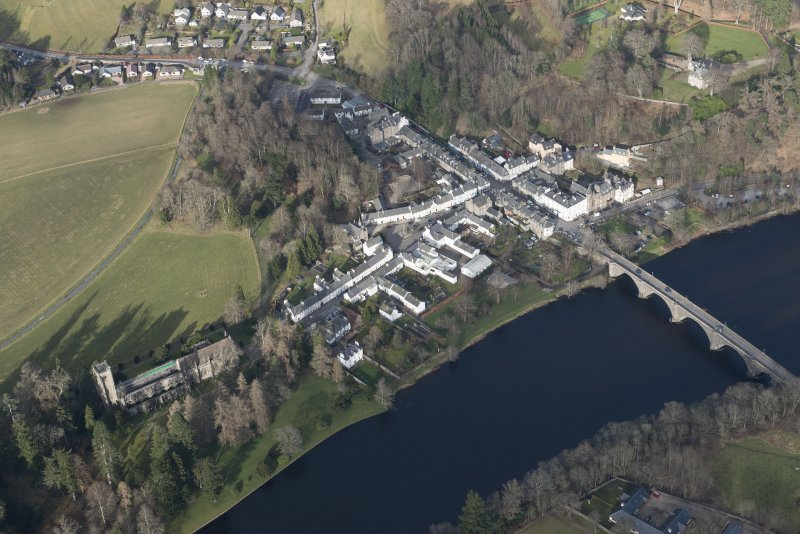 Oblique aerial view of Dunkeld, Dunkeld Catherdral and Cathedral Street Drill Hall, looking NE.