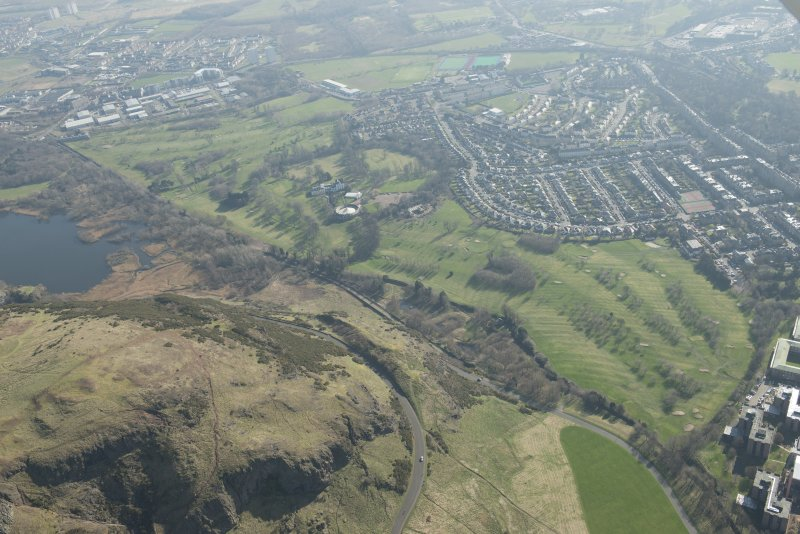 Oblique aerial view of Prestonfield Golf Course, looking to the SE.