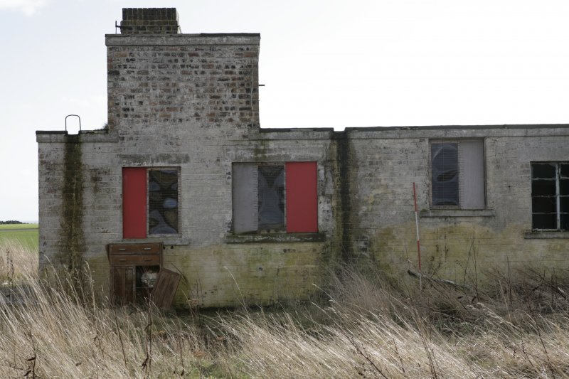 Image of Crail Airfield building 15 north