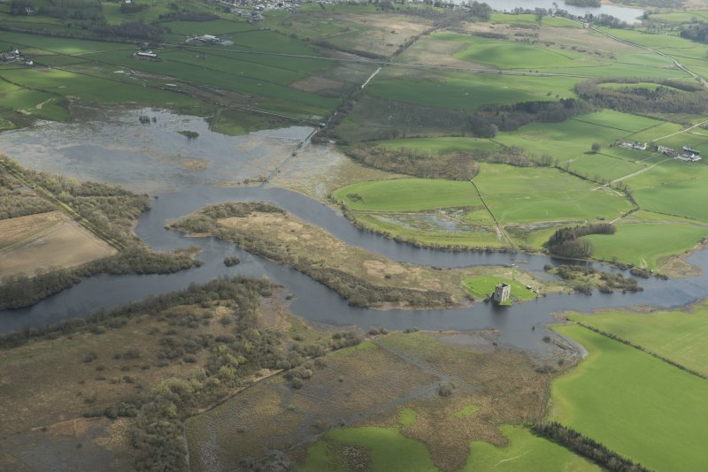 Oblique aerial view showing the flooding along the River Dee at Threave Castle, looking ESE.