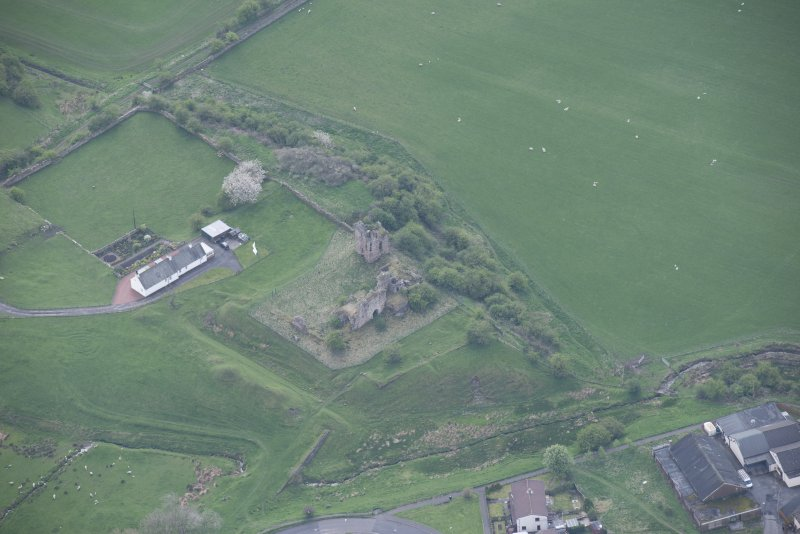 Oblique aerial view of Sanquhar Castle, looking S.