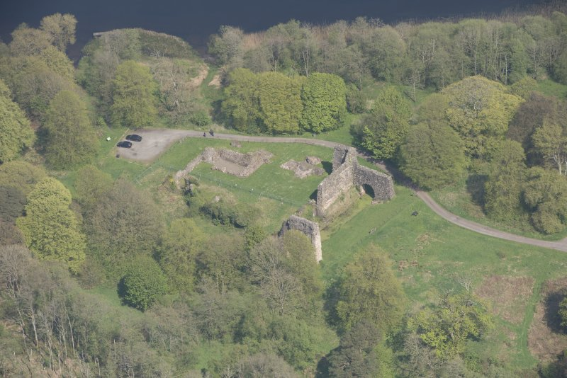 Oblique aerial view of Lochmaben Castle, looking NE.