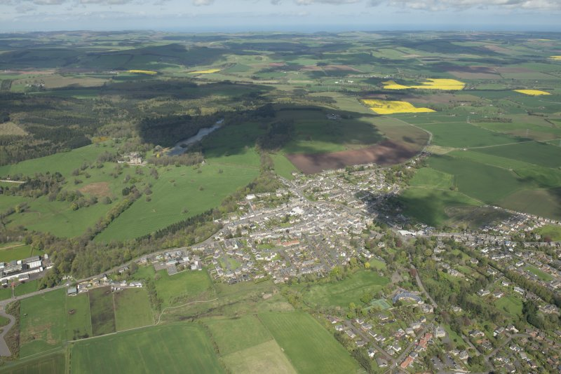Oblique aerial view of Duns, looking NNW.