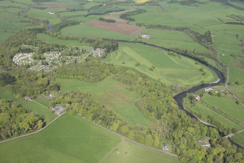 Oblique aerial view of Hoddom Castle and Hoddom Castle Golf Course, looking N.