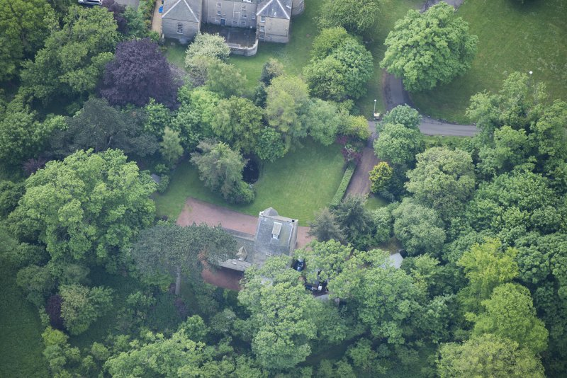 Oblique aerial view of Cramond Tower, looking SSE.