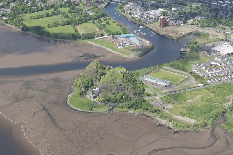 Oblique aerial view of Dumbarton Castle, looking NNW.
