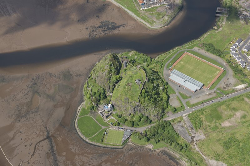 Oblique aerial view of Dumbarton Castle, looking NW.