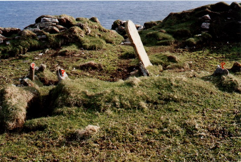 Ness shepherds gravestone and unmarked grave markers. 10 May 2005.