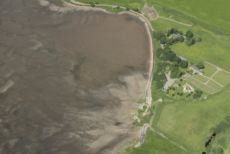 Oblique aerial view of the fish traps, looking NW.