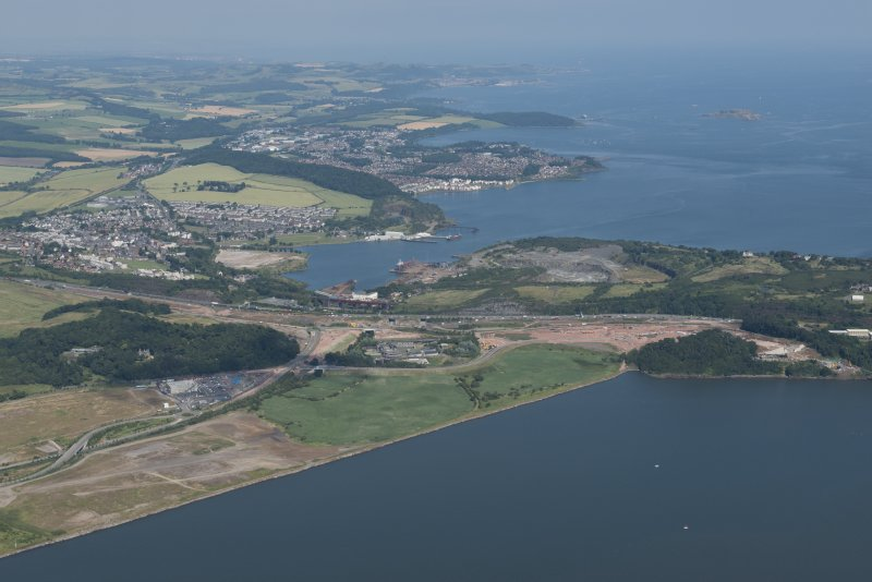 Oblique aerial view of the roadworks on the north bank of the River Forth leading to the Queensferry Crossing, looking NNE.