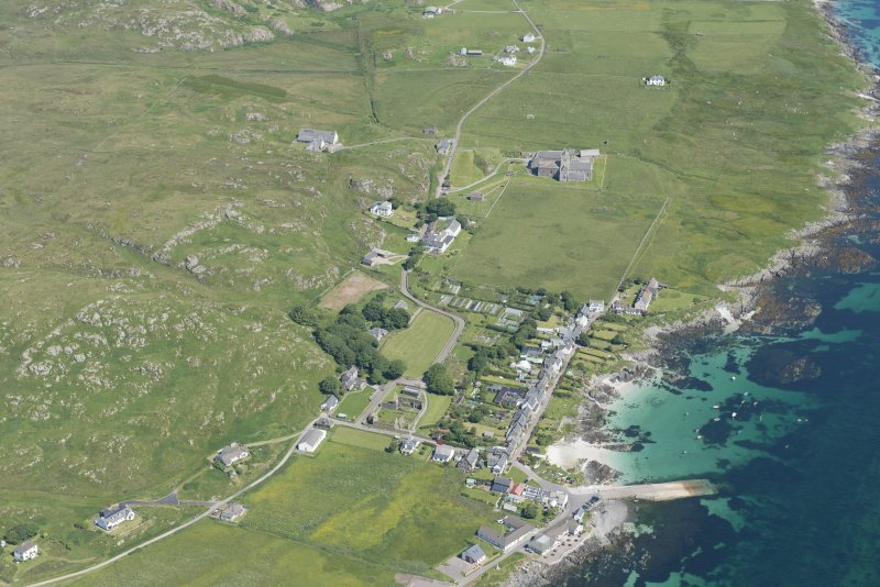 Oblique aerial view of Baile Mor, Iona, looking NNW.