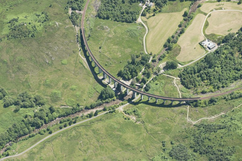 Oblique aerial view of Glenfinnan Viaduct, looking SE.