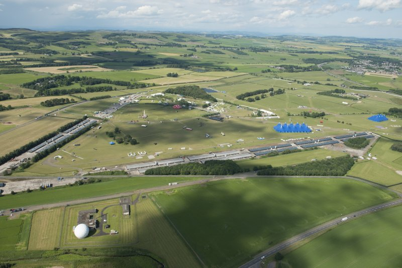 Oblique aerial view of Balado showing T in the Park, looking N.