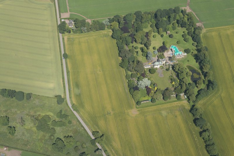 Oblique aerial view of Woodhill House, looking NNW.