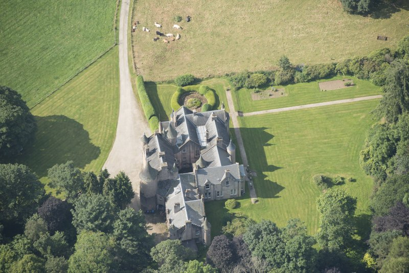 Oblique aerial view of Pitcaple Castle, looking SSW.