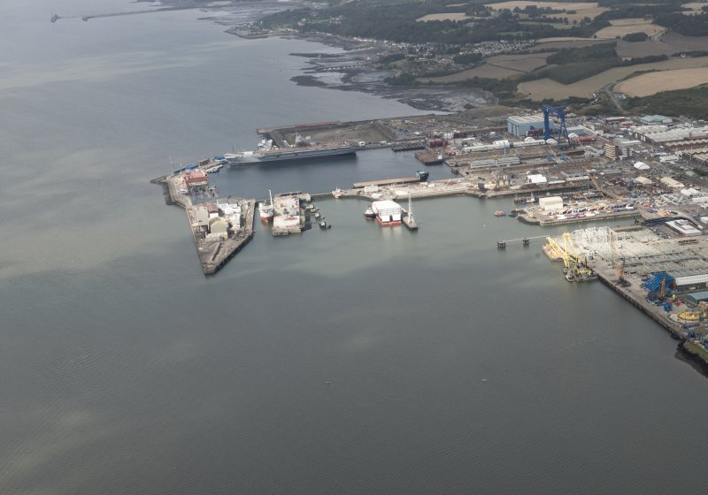 Oblique aerial view of Rosyth Dockyard, looking W.